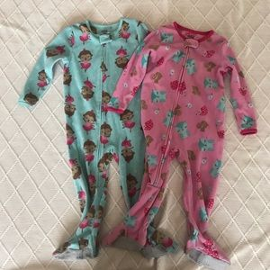 CARTER's | Pajama Onesie lot. 2T